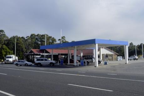 freehold-only-petrol-station-service-station-business-not-included-in-sale-0