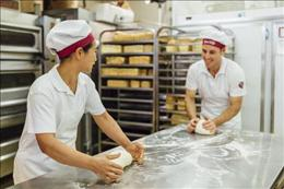 Australia's Most Successful Bakery Franchise. Average weekly sales over $16,800
