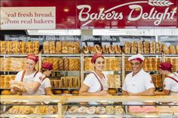 Bakery franchise opportunity, averaging in excess of $15,900.