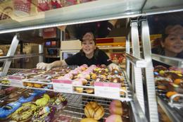 Be your own boss with a Donut King! Join an established franchise business!
