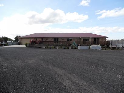 tasmanian-freehold-self-storage-8-5-acres-executive-home-1-990-000-o-o-4-000-p-2