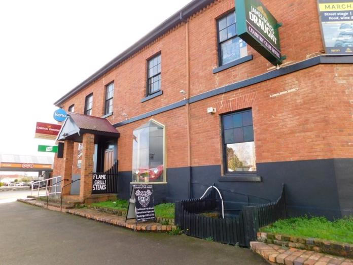 tasmanian-historic-leasehold-country-hotel-90-000-neg-sav-25-year-lease-1