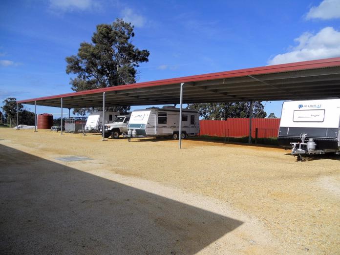 tasmanian-freehold-self-storage-8-5-acres-executive-home-1-990-000-o-o-4-000-p-7