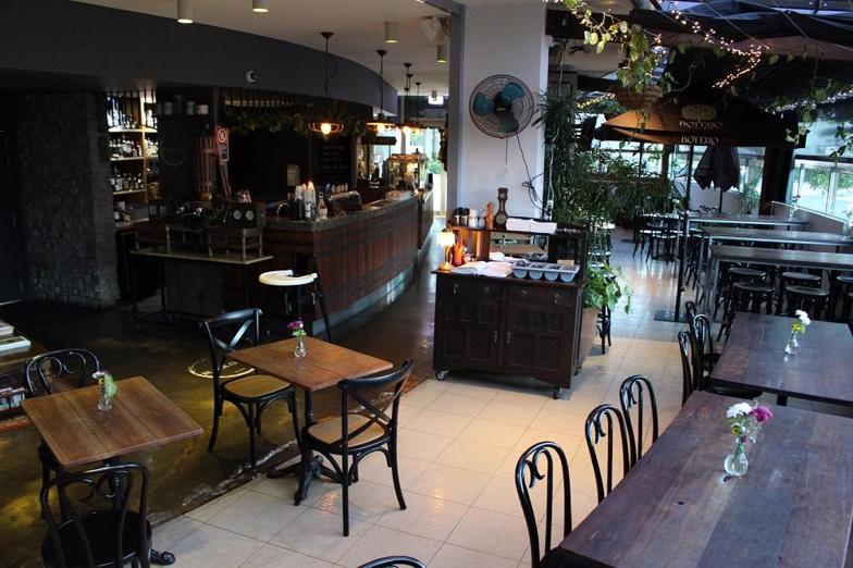 freehold-300sqm-northern-nsw-freehold-restaurant-and-bar-1