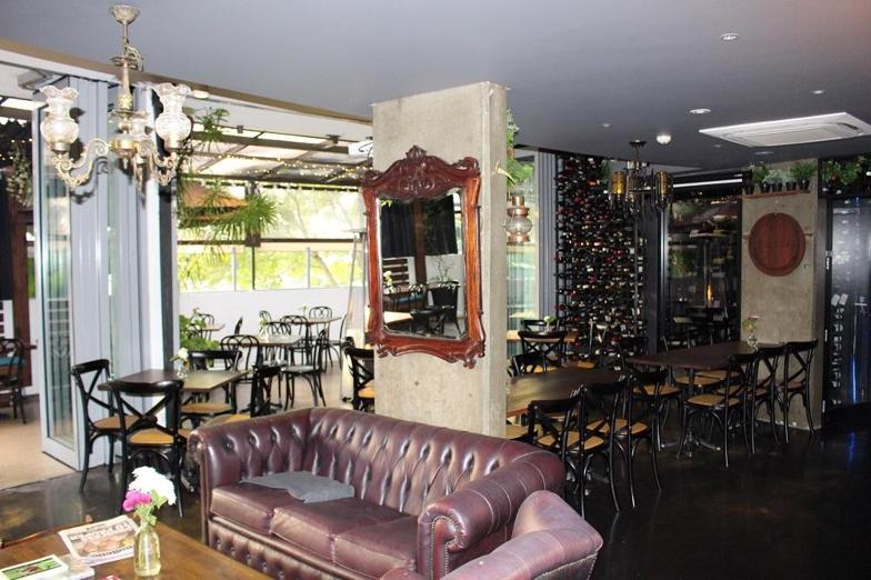 freehold-300sqm-northern-nsw-freehold-restaurant-and-bar-0