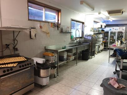 cafe-restaurant-boutique-strip-rent-only-384-per-week-7