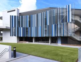 Leading manufacturer of metal and glass facade elements in NSW