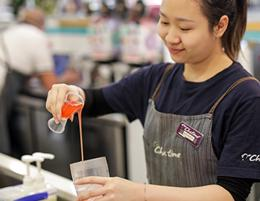Manor Lakes Shopping Centre - Development of Centre - Tea > Coffee