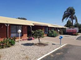 MOTEL LEASEHOLD FOR SALE - STRONG RIVERINA AREA - DELIGHTFUL PRESENTATION