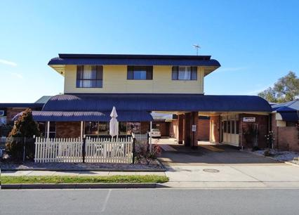 motel-for-sale-fantastic-location-15-mins-from-canberra-cbd-0
