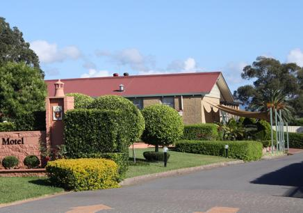MOTEL FOR SALE - BUSY HUNTER VALLEY CENTRE