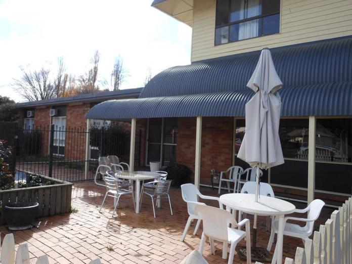 motel-for-sale-fantastic-location-15-mins-from-canberra-cbd-1