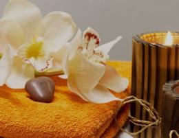 MASSAGE - CHELTENHAM -- #5135530