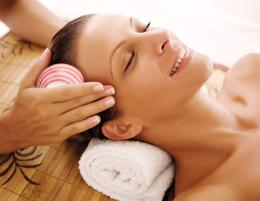 BEAUTY & MASSAGE -- CHELTENHAM -- #5135505