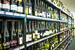BOTTLE SHOP -- NEAR BORONIA -- #5090869