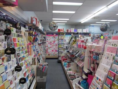 NEWSAGENCY & TATTSLOTTO -- NORTH EASTERN SUBURB -- #3923172