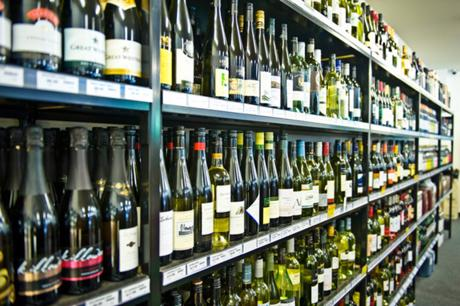 BOTTLE SHOP -- PASCOE VALE -- #4888445