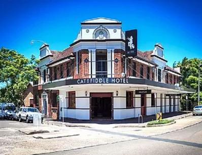 Long lease Balmain pub with accommodation & pokies