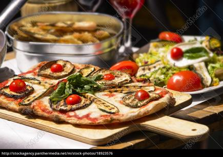 PIZZERIA & ITALIAN RESTAURANT - MOTIVATED VENDOR - Owner Earns Over $150k pa.