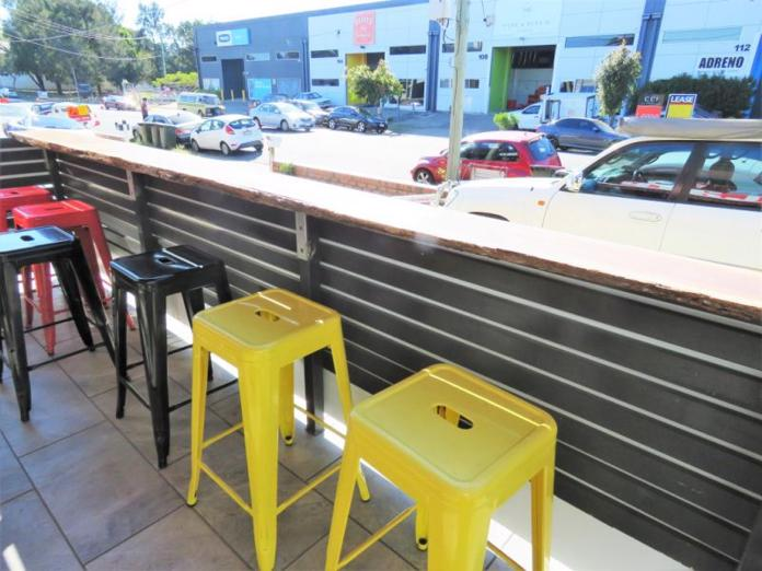diner-fast-food-restaurant-and-cafe-in-wooloongabba-brisbane-9