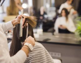 Greensborough hair salon for sale – Crying out for an owner operator to make a g