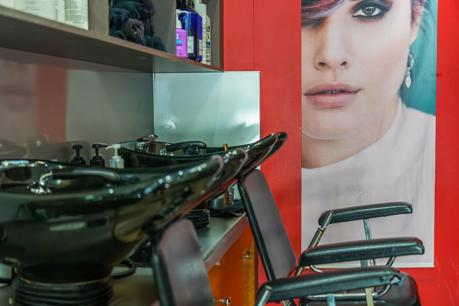 Hairdresser Established 20 Years in Busy Location