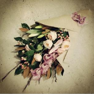 Gorgeous florist in the heart of Manuka. Manuka Flowers