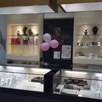HIGH QUALITY / PERFORMANCE JEWELLERY RETAIL SHOWRROM - ON SITE REPAIRS - JEWELLE