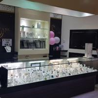 HIGH QUALITY / PERFORMANCE JEWELLERY RETAIL SHOWROOM - ON SITE REPAIRS - JEWELLE