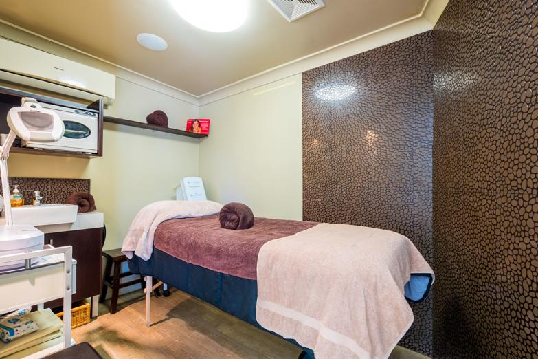 tranquil-inner-city-day-spa-business-for-sale-brisbane-4