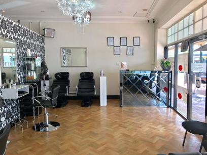 Hair & Beauty Salon **URGENT SALE** REFZ2222