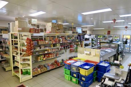 extremely-high-profit-seafood-shop-in-beechboro-for-sale-3