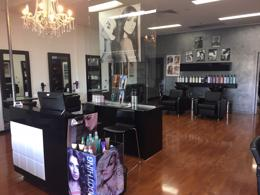 Hair & Beauty Salon in Prominent Location