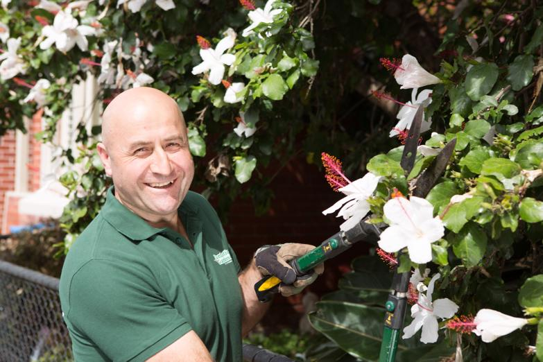 gardening-business-available-franchise-contract-0
