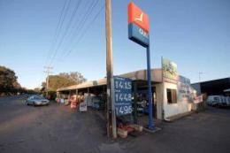 Freehold Service- Petrol Station- Post Office- Newsagency & Convenience Store