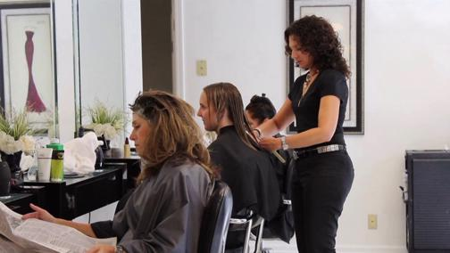Upmarket Hairdressers- Beauty Salon For Sale - Perfect Eastern Brisbane Location