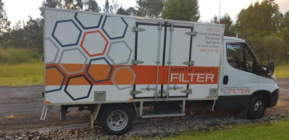 self-employed-contractor-commercial-kitchen-filter-exchange-hood-duct-cleaning-5
