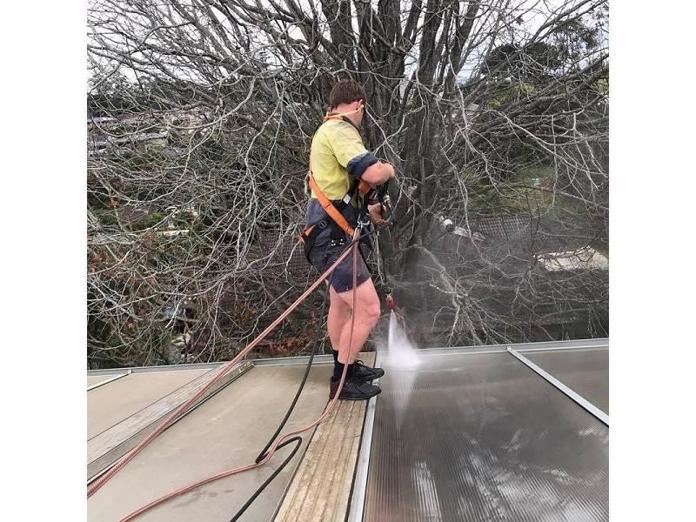 established-gutter-vacuuming-and-maintenance-business-2