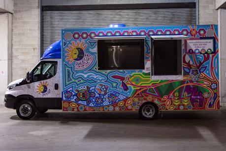 sol-y-luna-mexican-food-truck-business-for-sale-1