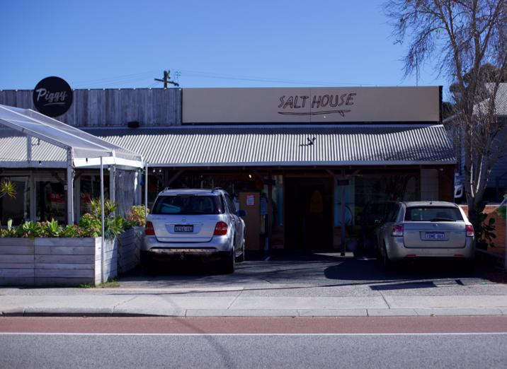 surf-shop-business-retail-store-north-fremantle-price-includes-stock-3