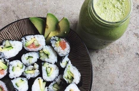 SUSHI, SMOOTHIE & JUICE BAR