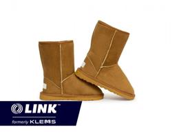 Manufacturing an Iconic Australian Product (UGG) $1,200,000 (15460)