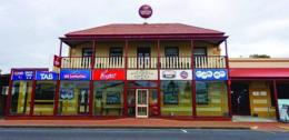 Hotel, Bistro & Accommodation Plus Residence – Port Macdonnell, SA
