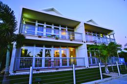 Modern Freehold Apartment Complex - Carnarvon, WA