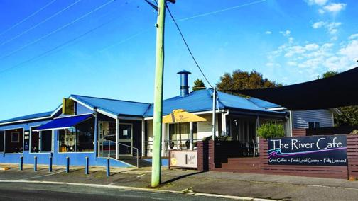 Profitable Fully Licenced Waterside Restaurant  Beauty Point