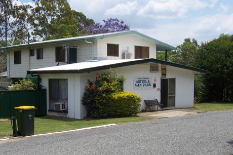 Freehold Motel and Van Park - Mount Morgan, Rockhampton Qld