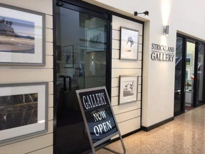 Privately owned Tasmanian Art Gallery for sale on Hobart's Waterfront