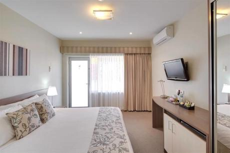 Serviced Apartments Inner Melbourne - Ref: 15716