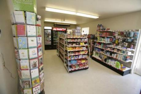 Convenience Store in Burwood (Easy Conversion STCA!) - Ref: 11812