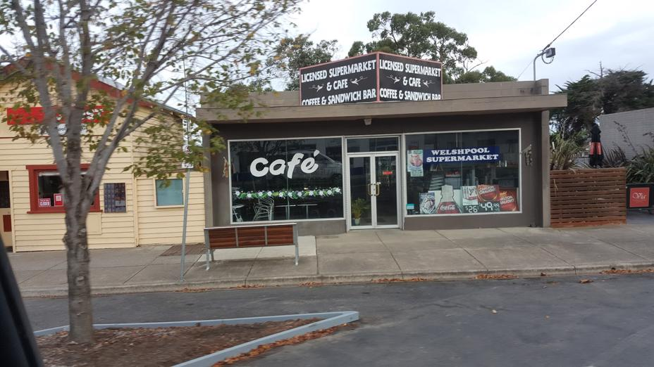 cafe-busy-licensed-supermarket-freehold-and-business-0